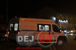 S-au răsturnat cu mașina pe Valea Chiejdului și au ajuns la spitalul din Dej