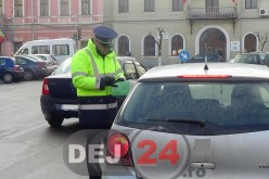 Sofer beat, depistat de polițiști în Piața Bobâlna din Dej