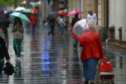Revin ploile! Meteorologii au emis o informare meteo pentru toată țara