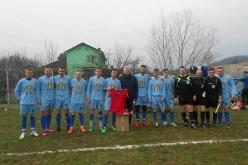 Echipamente sportive noi oferite de Cornel Itu fotbaliștilor de la Știința Câțcău – FOTO