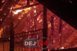 Incendiu VIOLENT în Sânmărghita. O casă a fost cuprinsă de flăcări – FOTO/VIDEO
