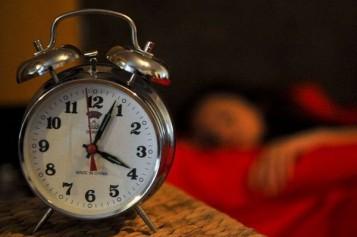 ORA de IARNĂ 2016: Ceasurile vor fi date înapoi cu o oră. Când se va produce această schimbare