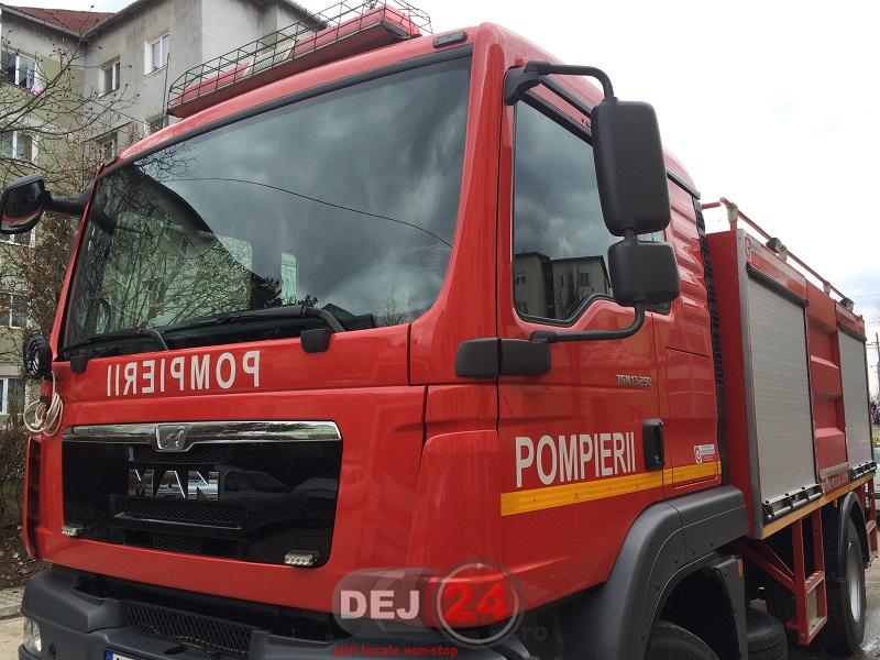 pompieri blocat in casa Dej (5)
