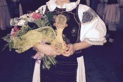 """EXCLUSIV. O fostă elevă din Dej a obținut marele trofeu al festivalului """"Drăgan Muntean"""" – FOTO"""
