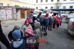 """Preșcolarii de la """"Arlechino"""", în vizită la Poliția Municipiului Dej FOTO/VIDEO"""
