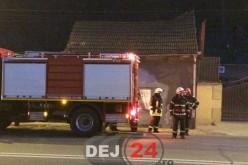 Incendiu la o locuință de pe strada 1 Mai din Dej – FOTO