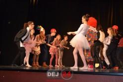 """""""Caracteres"""", cea mai bună coregrafie la Festivalul Internaţional de Teatru Francofon pentru Liceeni – FOTO"""