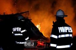 Incendiu în Nicula. Au intervenit pompierii din Dej – FOTO/VIDEO