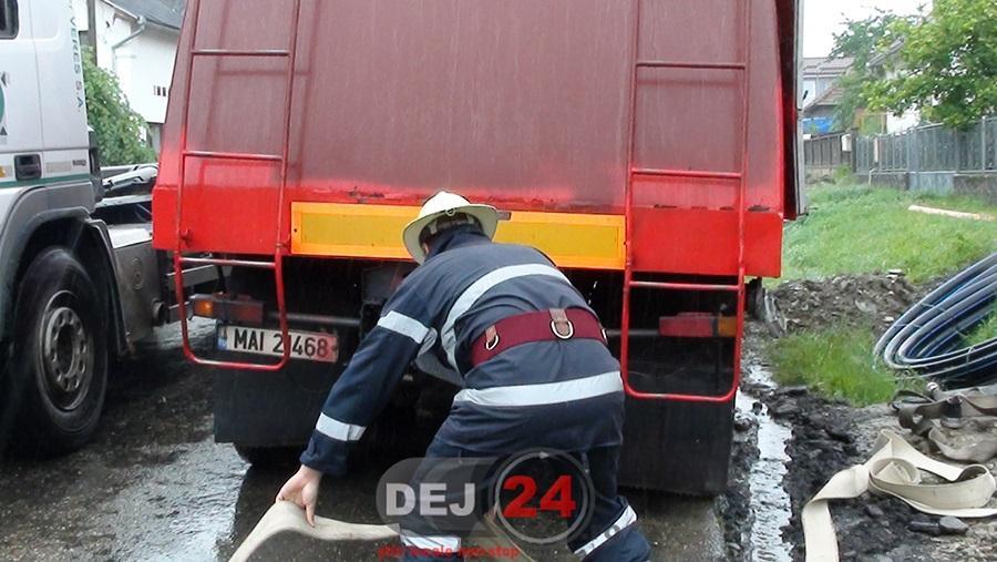 inundatii pompieri (3)