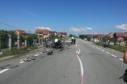 Autoturism făcut praf între Dej și Bistrița. Șoferul n-a avut nicio șansă – FOTO