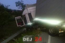 TIR implicat într-un accident petrecut în Bunești – FOTO