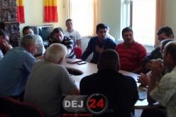 Ca la ei, la nimeni! Comuna Mica a rămas fără viceprimar, ședința fiind un haos total – FOTO/VIDEO