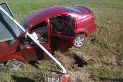 ACCIDENT în Răscruci. O mașină s-a izbit de un indicator, părăsind șoseaua – FOTO