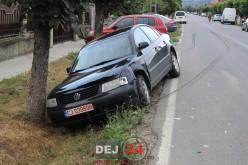 Accident pe strada Mintiului din Gherla. O mașină a părăsit partea carosabilă – FOTO