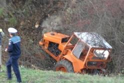 Tractor CĂZUT ÎN RÂPĂ, în comuna Spermezeu