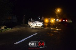 ACCIDENT în Dej. Un șofer RUPT DE BEAT a intrat cu mașina într-un gard – FOTO/VIDEO