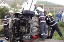 Femeie din Dej, RĂNITĂ GRAV într-un accident produs la Răscruci