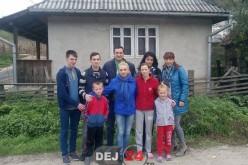 Familie săracă din Chiuiești, ajutată de OFLDE și TLDE Dej – FOTO