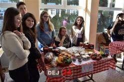 """Târg de toamnă, eveniment CARITABIL la Liceul Tehnologic """"Constantin Brâncuși"""" Dej – FOTO/VIDEO"""