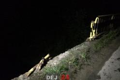 ACCIDENT SPECTACULOS în Ciceu Giurgești. O mașină a plonjat de pe pod și a ajuns în apă – FOTO