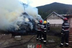 Incendiu în Recea Cristur. Intervin pompierii din Dej