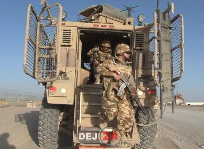 militari armata Afganistan QRF - quick reaction force forţa de reacţie rapidă  (17)