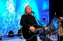Ștefan Hrușcă va susține un concert de colinde la Dej