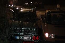 Accident pe strada 1 Mai din Dej. Un autovehicul a fost serios avariat – FOTO/VIDEO
