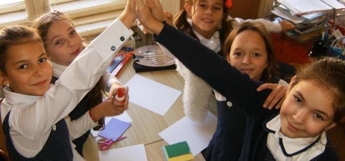 Gata vacanța! Elevii din județul Cluj s-au întors astăzi la cursuri