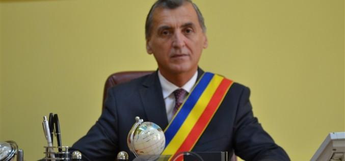 """Primarul Municipiului Dej urează """"La mulți ani"""" militarilor dejeni, cu ocazia Zilei Forțelor Terestre"""