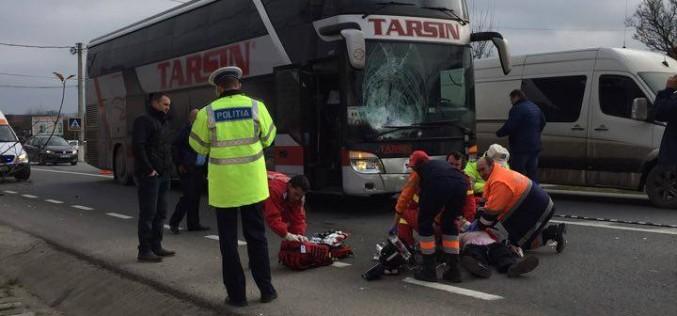 ACCIDENT MORTAL în Beclean. Un biciclist a fost spulberat de un autocar – FOTO