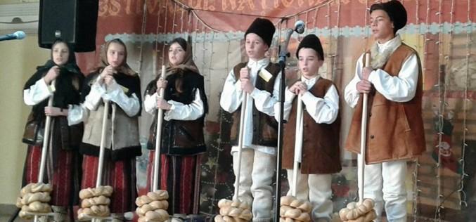 CRĂCIUNUL, sărbătoarea care îmbină tradiţiile cu obiceiurile şi superstiţiile