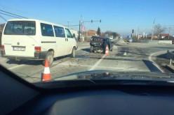ACCIDENT la Jucu. A vrut să vireze la dreapta, dar a fost izbit în plin – FOTO