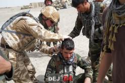 Cpt. Octavian Moise, între armă și stetoscop, pe frontul din Afganistan – FOTO