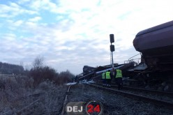 Un tren care trebuia să ajungă la Dej a deraiat. Circulația feroviară a fost întreruptă