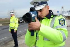 Polițiștii de la Rutieră pot da amenzi pe baza informațiilor comunicate prin radio de operatorul radar