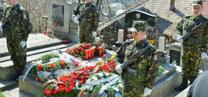 Dej   Ieri a fost comemorat maiorul (p.m.) Iuliu-Vasile Unguraș, căzut la datorie în 2009 – FOTO