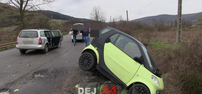 Accident la ieșire din Gherla. O persoană a fost rănită – FOTO/VIDEO
