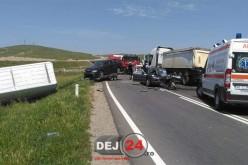 GRAV ACCIDENT în județul Cluj, soldat cu un mort și cinci răniți – FOTO