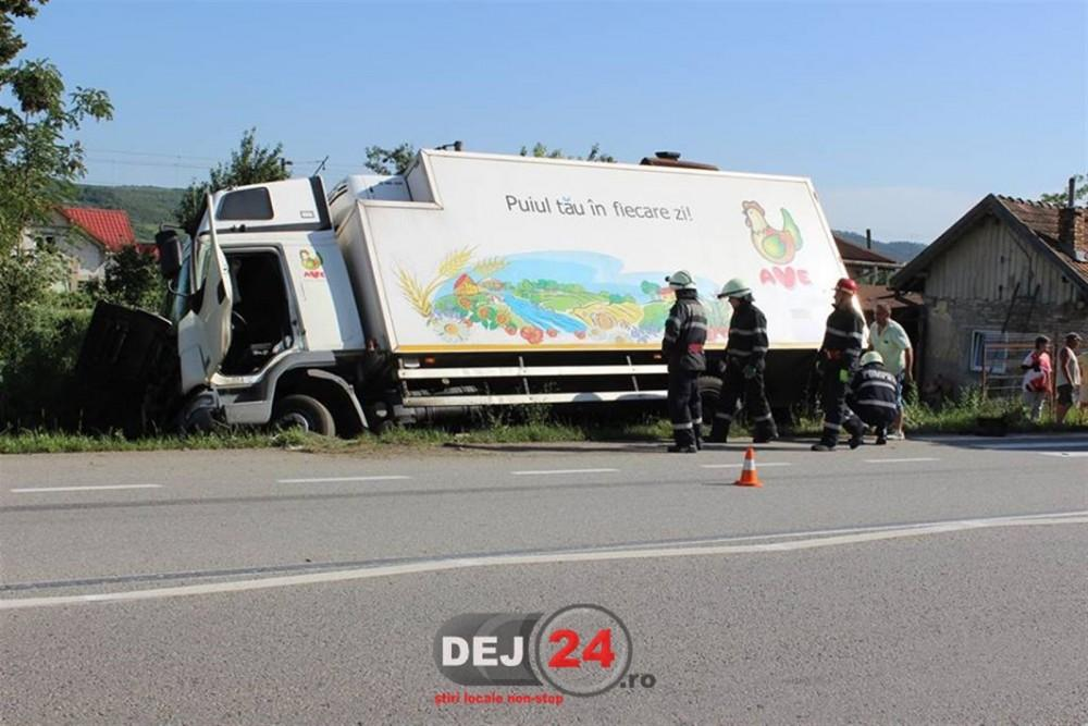 accident DN1C livada camion in sant (5)