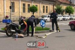 Accident în Dej. Un mopedist a ajuns la spital – VIDEO