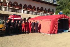 Sfaturile pompierilor pentru cei care merg la Mănăstirea Nicula