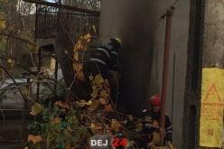 INCENDIU la o casă din Șomcutul Mic. Au intervenit pompierii din Dej – FOTO/VIDEO