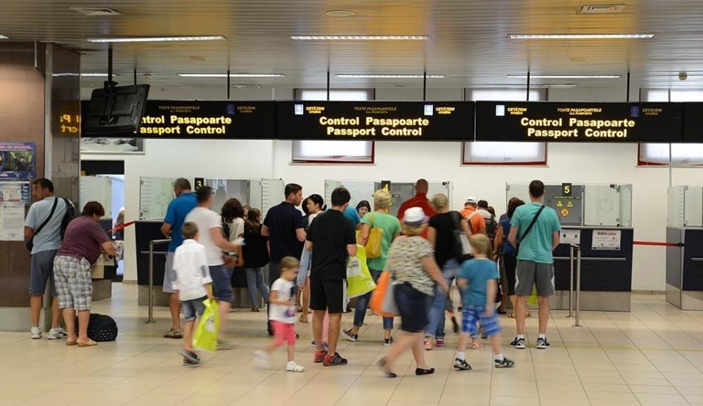 politia-de-frontiera-pasaport-aeroport