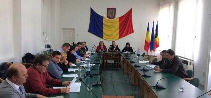 Consilierii locali din Dej se întrunesc într-o ședință ordinară. Bugetul pe 2017 se află pe ordinea de zi