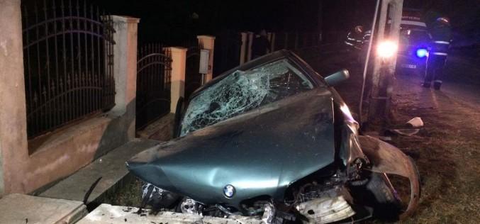 Minoră însărcinată, rănită într-un accident la Bonț. Alte trei persoane au ajuns la spital – FOTO/VIDEO