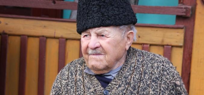 Cel mai bătrân alegător este din Ciceu-Giurgești! A votat la 106 ani! – FOTO/VIDEO