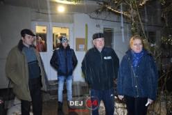Mai multe familii din Dej, condamnate să doarmă în frig! Firmele de instalații sunt în vacanță – FOTO/VIDEO
