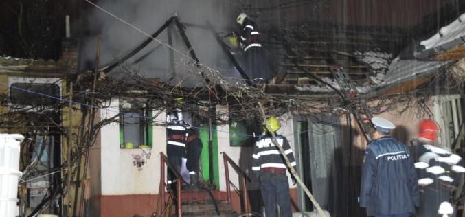 Incendiu la Nima! Un bărbat se zbate între viață și moarte – FOTO/VIDEO