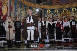 """Concert de iarnă la Dej. Atmosferă de vis cu prof. univ. dr Ioan Bocșa și ansamblul """"Icoane"""" – FOTO/VIDEO"""
